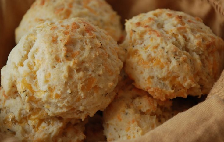 Quick and easy Cheese biscuits filled with #cheese and black pepper can be served as breakfast or alongside scrambled eggs