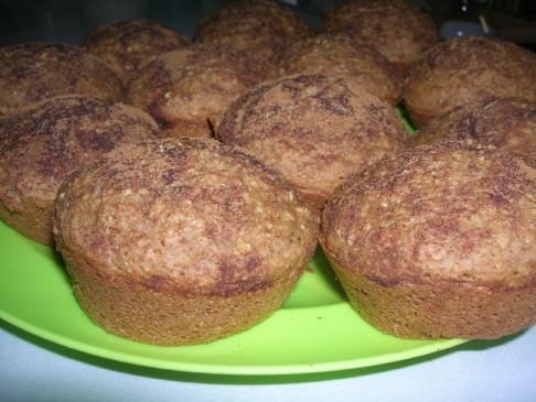 My kids LOVE these whole grain Oatmeal Applesauce muffins