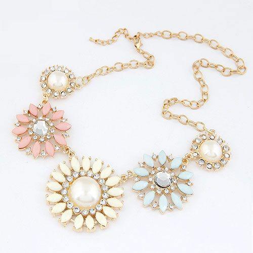 #statement #necklace #fashion #accessories www.sorellajc.co.za
