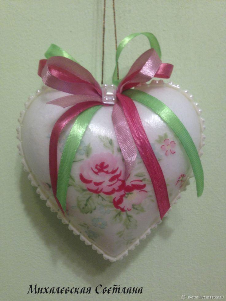 Купить новогоднее украшение на елку шарик сердечко декупаж в интернет магазине на Ярмарке Мастеров