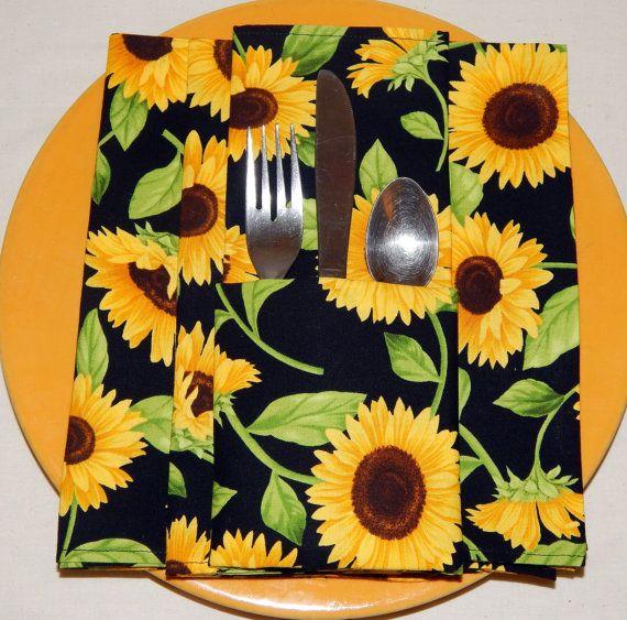 Set of 4 Sun Flower cloth napkins by QuiltsbyLaTanya on Etsy, $21.50