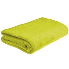 Mantas de sofá ATRIVM Tacto Coral de microfibra poliéster 100%, que le producirán una sensación cálida, suave y agradable gracias a los tratamientos ExtraSoft y UltraSponge. Calientan más con mucho menos peso y volumen. El tejido tiene una caída perfecta que se adapta al contorno del cuerpo sin deslizarse. Son unas mantas de calidad, con la garantía de una marca de prestigio. - Tamaño: 130 x 170 cm - Color: Pistacho - Calidad Textil