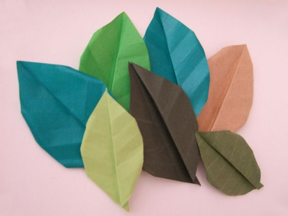 Origami leaves :) Easy, beginners project...great for decorating gifts, cards, and more...