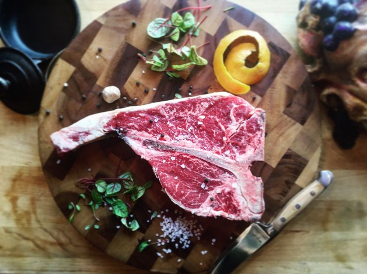 40 Day Dry Aged Bistecca alla Fiorentina. The Fiorentina cut is similar to the porterhouse, in that it contains part of filet as well as a nice size strip steak. They will be available at Chianti Ristorante starting tonight, Friday 5/19 while supplies last #chiantiristorante #dzrestaurants #saratogasprings #fiorentina #dryaging #dryaged #steak #porterhousesteak #40daydryaged