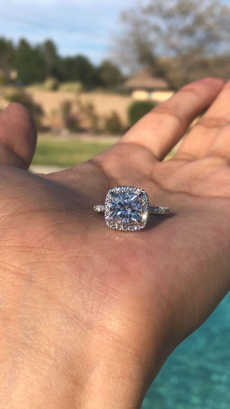 Gorgeous Wedding Ring Sale Weddingringstore Vintage Engagement Rings Dream Engagement Rings Wedding Ring Cushion