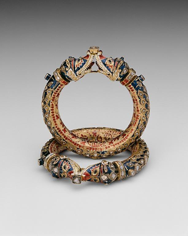 India, Rajasthan, Jaipur | Bracelets with Confronting Makara Heads (Karas), 19th century.  Gold, diamonds, and crystalline inset in the kundan technique, with polychrome enamel (minakari)