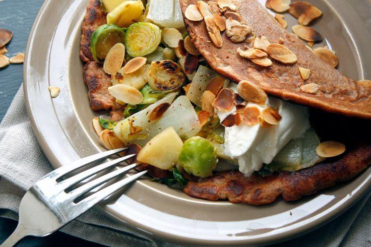 Lepeltje Liefde: Kastanjepannenkoek met spruitjes, witlof en appel