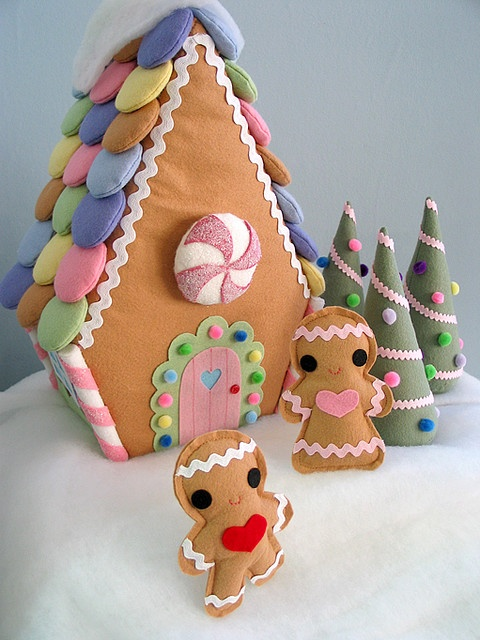 Gingerbread felt house