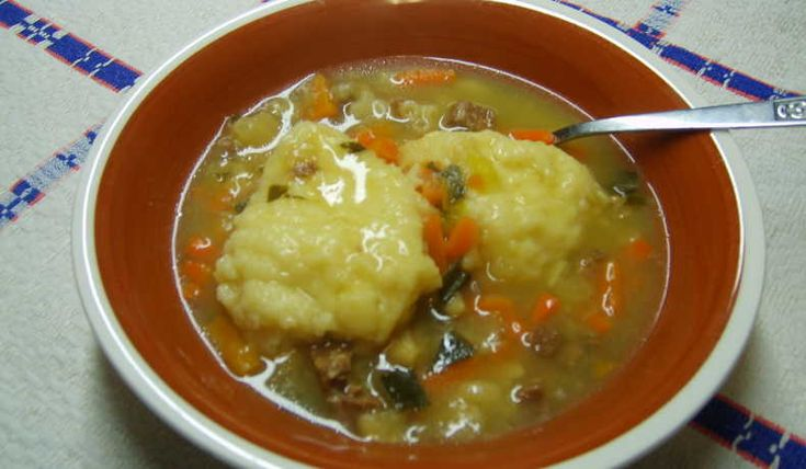 Klimp till soppa (köttsoppa) som kokas i buljong i soppan eller i egen panna med buljong och som sedan lägges i soppan.