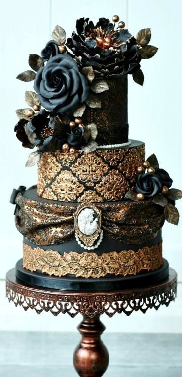 gothic wedding cake cutters the 25 best steampunk wedding cake ideas on 14875