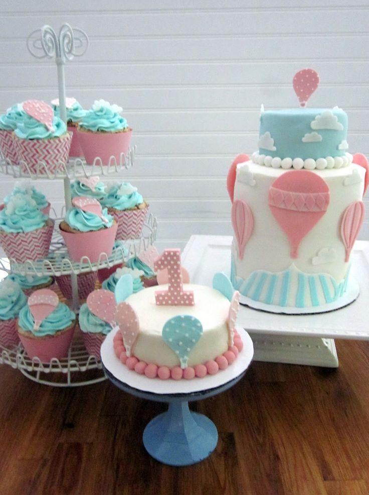 Darlin' Designs: Hot Air Balloon Cake and Cupcakes