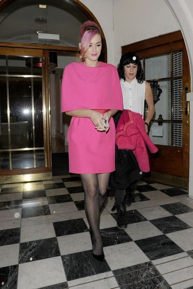 """Katy Perry Photos Photos - Katy Perry and Mother-in-Law Barbara Brand leave the musical """"Ghost"""" at the Piccadilly Theatre and the Nobu restaurant, both by the back door. - Katy Perry at the Piccadilly Theatre in Soho 2"""