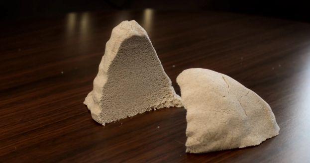meer info: http://www.want.nl/kinetisch-zand-zand-dat-geschikt-is-voor-gebruik-binnenshuis/