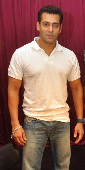 Salman Khan during an interview.     #salmankhan #zoomtv #bollywood