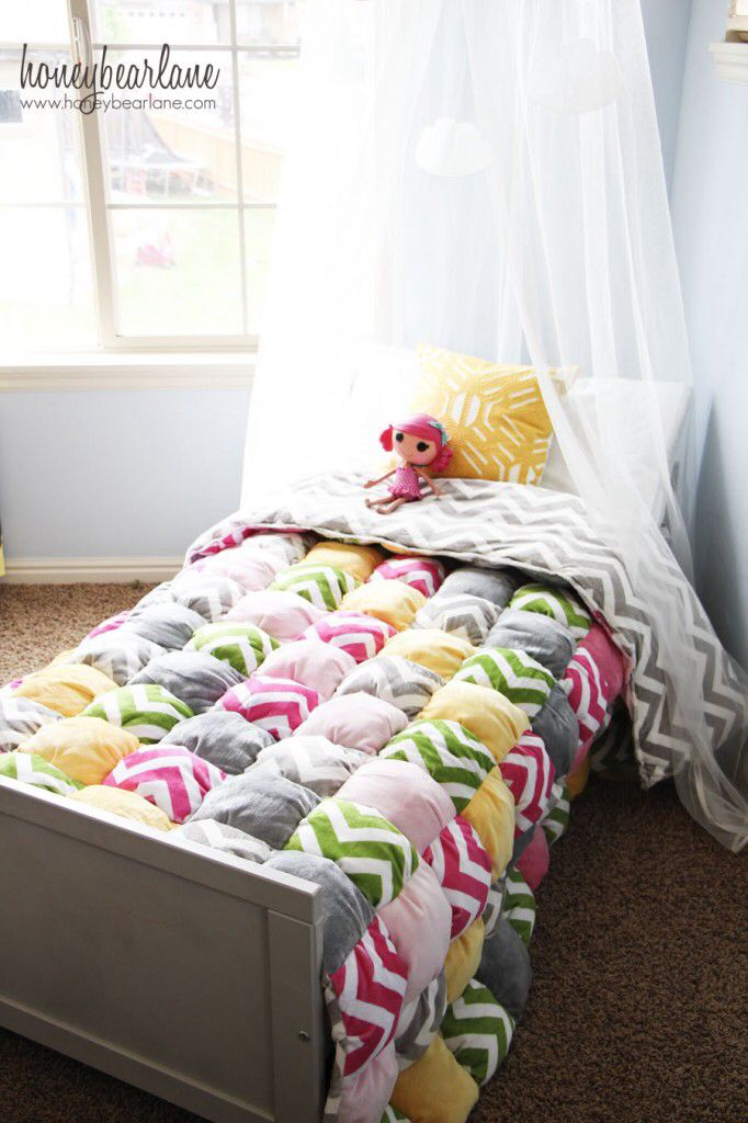 Puffball quilt, great for using up scraps of fabric.