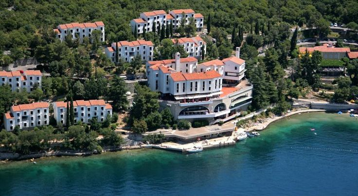 Uvala Scott Kraljevica Uvala Scott is a tourist village located in the peaceful Dubno Bay near Krk Island, consisting of pavilions built in Mediterranean style. Free Wi-Fi is available at the reception area.