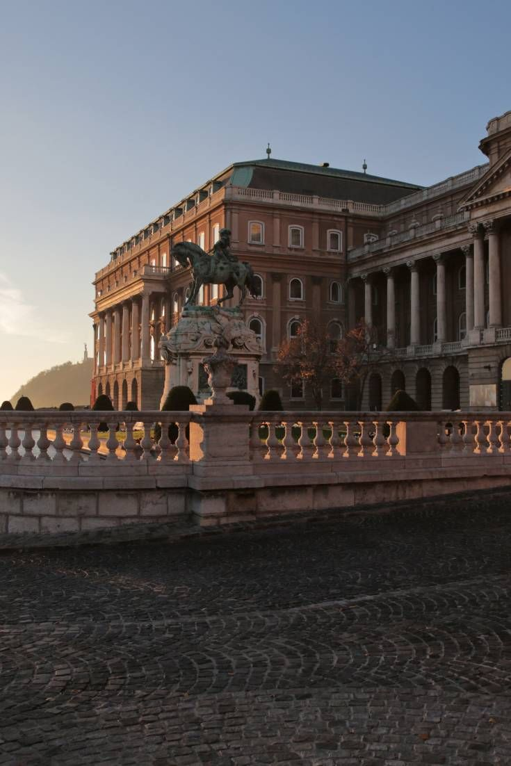 This imperial era, baroque style palace is an integral part of Budapest's famous panoramic cityscape, and both its interior and exterior are perfect for film and photo shoots.