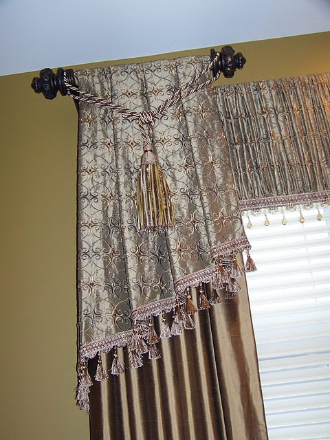 Beautiful valance/panels/drapes found @creationsfrommyheart.blog