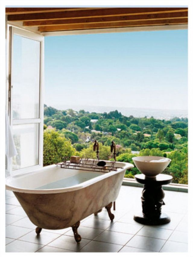 wowza: clawfoot tub & tuscan countryside outside my bathroom window/door - I'd love to be there.