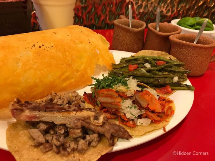 MUST-TRY TACOS IN MEXICO CITY