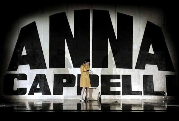 """""""Anna Cappelli, uno studio"""" di Pierpaolo #Sepe. In foto: Maria #Paiato. #Teatro delle Passioni, #Modena,dal 7 al 10 maggio 2014"""
