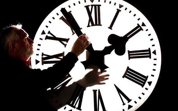 When do the clocks go forward in 2016? And why do we change to...: When do the clocks go forward in 2016? And why do… #DaylightSavings2016