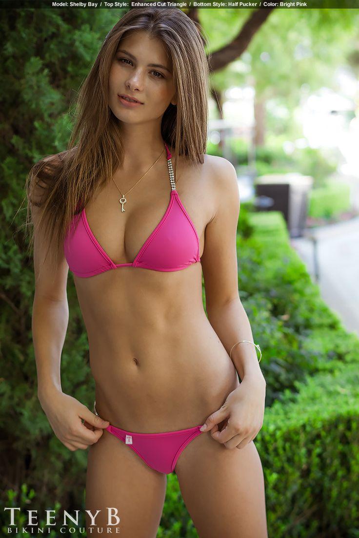 Big butt bikini pics