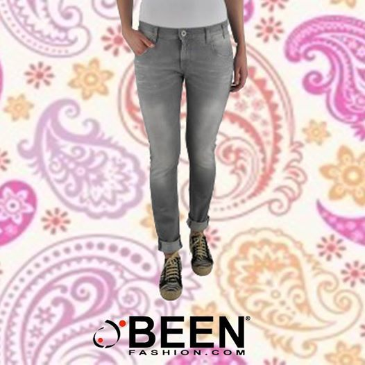 Il #musthave per tutte le stagioni: i #jeans skinny..trova questi di #November su #Beenfashion! http://www.beenfashion.com/it/donna/jeans/november-jeans-skinny.html?utm_source=pinterest.comutm_medium=postutm_content=jeans-skinny-novemberutm_campaign=post-prodotto