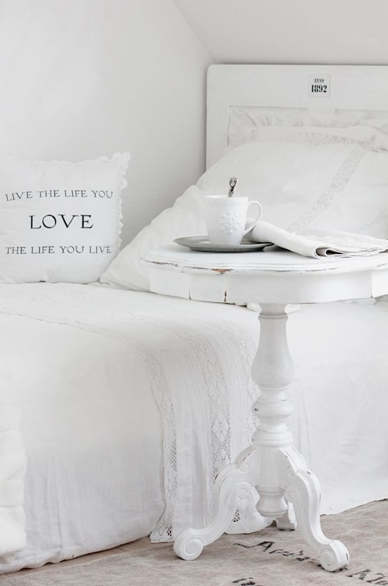 white table and bed