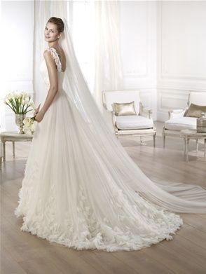 Sale Wedding Dress | Ondina by Pronovias | Size 12 | Was £1260 NOW £600