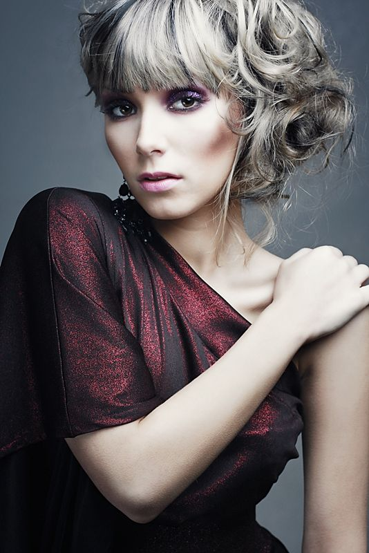 Photoshoot for Vespera Models Model: Katarzyna Sopata Photograper Eva Danhofer Designer: Dorota Woytasiewicz