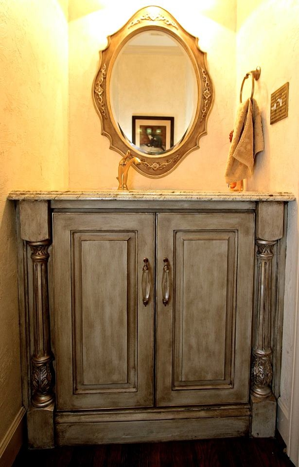 Vanity finished with Maison Blanche La Craie