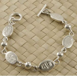 Mother's Bracelet Engraved with Children's Names - Sterling Silver