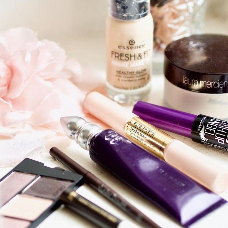 Saturday mornings 😍 #saturday #morning #motd #makeupoftheday #makeup #makeuplove #makeupjunkie #beauty #bblogger #instablogger #instabeauty…