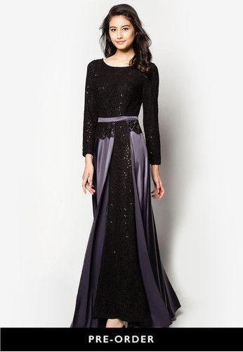 Lace Slit Maxi Flare Dress