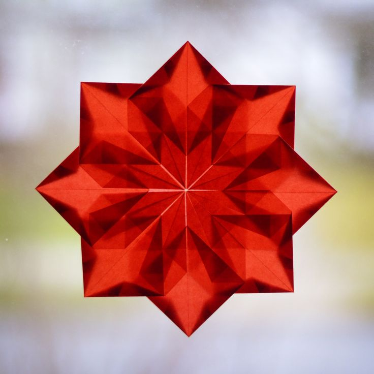 One more transparent paper star...though I really should stop now!  http://violentlydomestic.com/2012/12/07/not-quite-2/