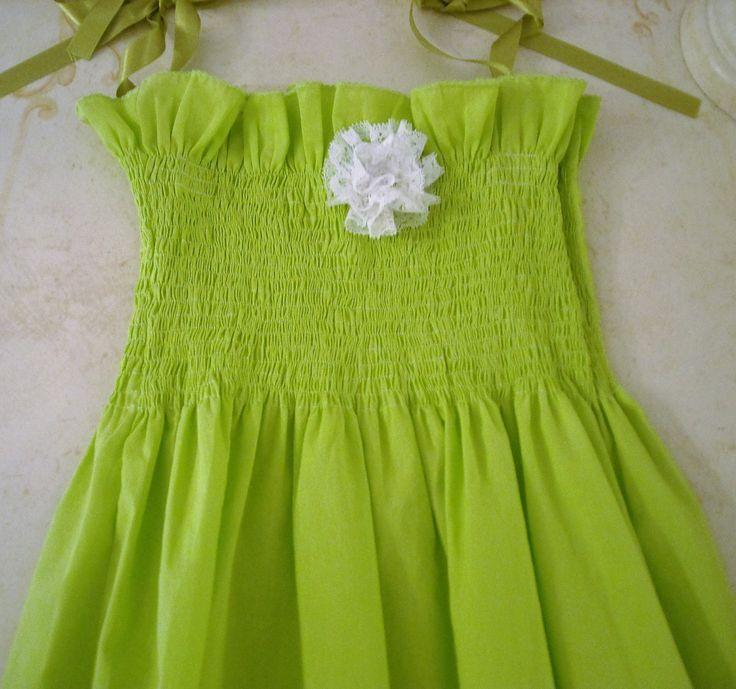 Abito ragazza,vestito di cotone,abito per estate,girls dress,smocked dress,vestito verde acido,vestito dellla ragazza,baby dress, di MAQUELLA su Etsy