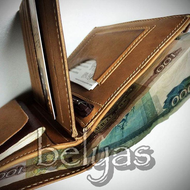 Бумажник водителя. Один из новых вариантов. Отделения для 12 пластиковых карт, место для хранения паспорта, просторное отделение для купюр, отделение с молнией для хранения автодокументов, дополнительный карман и кармашек для визиток. #подарок #подарки #белыйясень #творческаямастерская #бумажникводителя #лопатник #purse #wallet #leather #craft #дляденег #длядокументов #длякарточек #длявизиток #дляпаспорта #дляхорошихлюдей #сделаноруками #сделановручную #сделановроссии