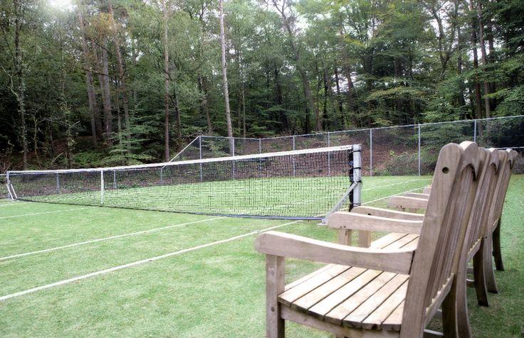 Partijtje tennis op onze eigen tennisbaan?