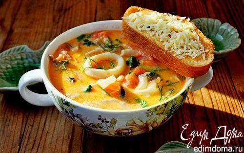 Сливочный суп с морепродуктами, томатами и пармезановыми гренками | Кулинарные рецепты от «Едим дома!»