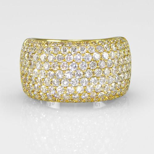 This stunning diamond ring is always fit for elegance. A true masterpiece, that can simple be worn dressed down or up. Fabulous pave diamond ring placed in 18k yellow gold carries 2.00ct round diamonds. Size:6.75 Can be sized half a size up or down.