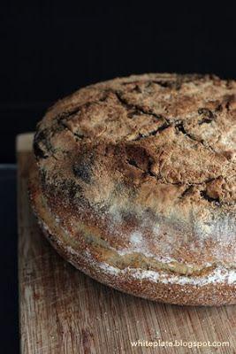 Rustykalny chleb z czosnkiem