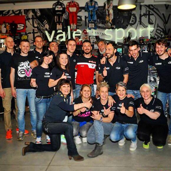 Davide Giugliano pilota Ducati Superbike al Megastore Valerisport incontra i suoi Fan!!!!