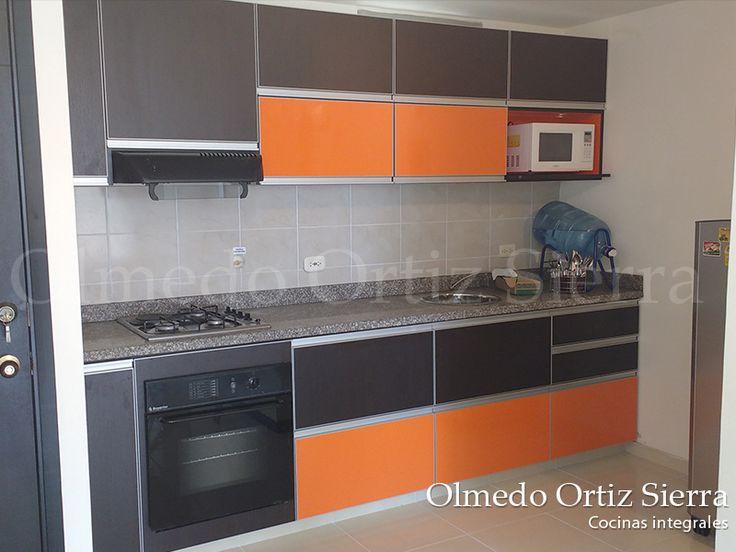 Cocina Integral en Cafe y Naranja. #cocinasintegrales #cocinaintegral #diseñococinas #diseñointerior