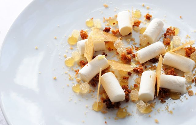This deconstructed hot toddy recipe from Adam Simmonds encapsulates all the flavours of the classic winter warmer in a technically stunning dessert
