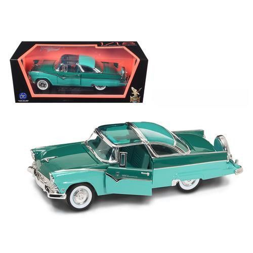 1955 Ford Fairlane Crown Victoria Green 1/18 Diecast Car by Road Signature