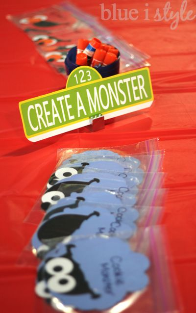 blue i style: {entertaining with style} A Simple Sesame Street Craft for Toddlers