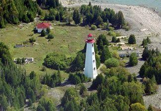 Great Duck Island lighthouse [1918 - Great Duck Island, Manitoulin Island, Ontario, Canada]