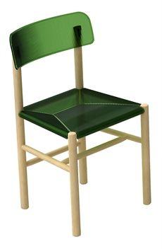 Trattoria är en stol från Magis som har en stomme av massiv bok och sits samt rygg av plast där flera olika färger finns. #stolar #restaurangstolar #cafestolar #magis #dialoginterior