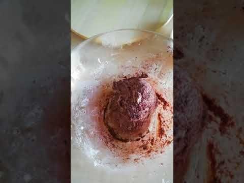 Kókuszos+desszertkocka,+az+egyik+alapanyag+a+zsír,+de+rugaszkodjunk+el+a+megszokott+vaj,+margarin+megszokásoktól,+ez+a+desszert+pont+a+zsírtól+lesz+tökéletes.  Összetevők  250g+sertészsír250g+kókusz+reszelék300g+porcukor150g+tejpor2evőkanál+rum2db+tojásfehérje2evőkanál+kakaó+(a+massza+felének…
